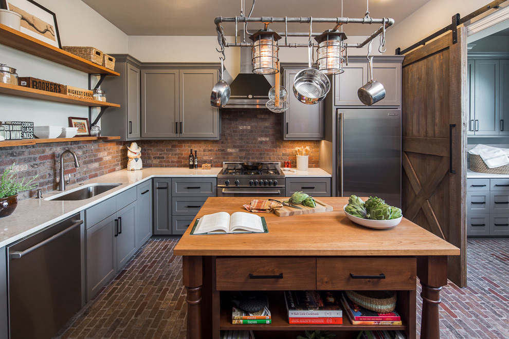 https://www.houzz.com/photo/49848658-jonestown-ranch-farmhouse-farmhouse-kitchen